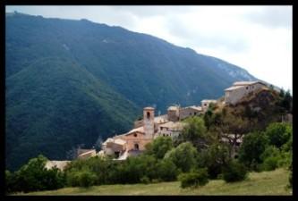 CESELLI – GAVELLI  * 9 settembre 2012*  CAI 150′ – SALARIA 4 regioni senza confini