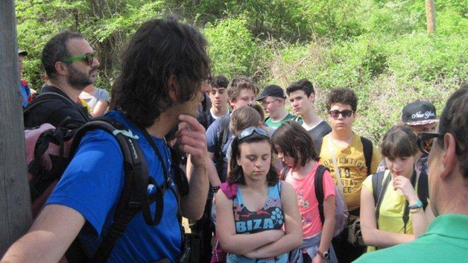 Scuola-con-il-CAI-Amatrice-Cardito-010.jpg